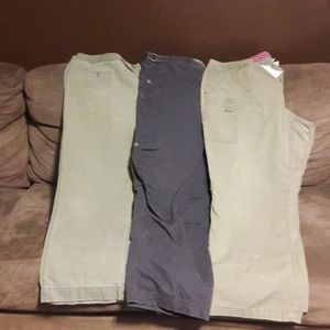 Bundle of size 20 pants